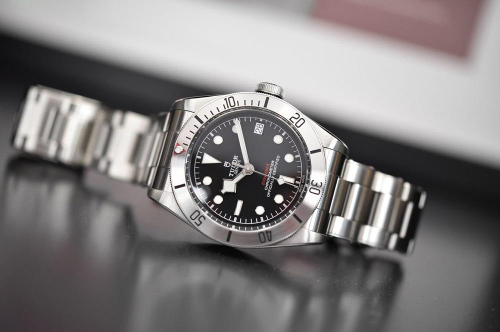 Tudor-Heritage-Black-Bay-Steel-bracelet-acier