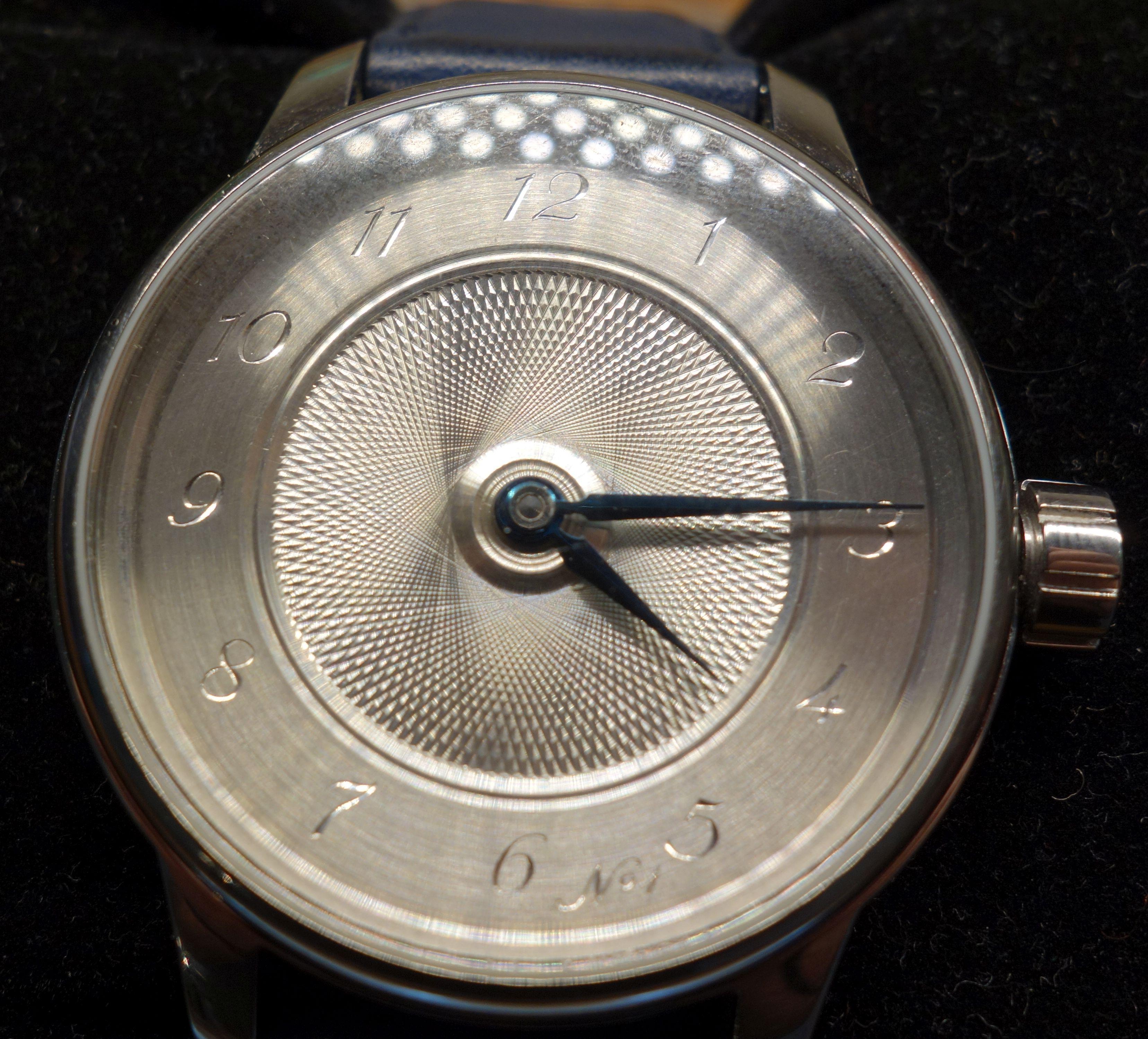 premiere montre gravee par Bernard Van Ormelingen